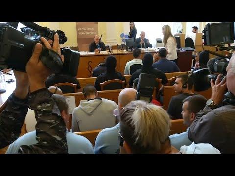 Urteil in Ungarn: 25 Jahre Haft für Schlepper wegen Tot ...