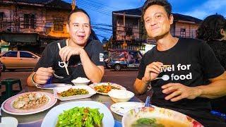 Video Thai Chinese Food Tour in ENDANGERED CHINATOWN Community in Bangkok, Thailand! MP3, 3GP, MP4, WEBM, AVI, FLV Juli 2019