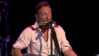 Bruce Springsteen Sings 'Joe Hill'