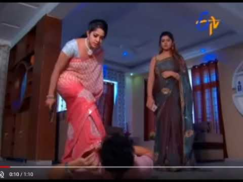 Video Beautiful TV Serial Actress Jyothi Stunning Killing Scene download in MP3, 3GP, MP4, WEBM, AVI, FLV January 2017