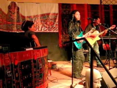 TONGAM SIRAIT – Come to Lake Toba