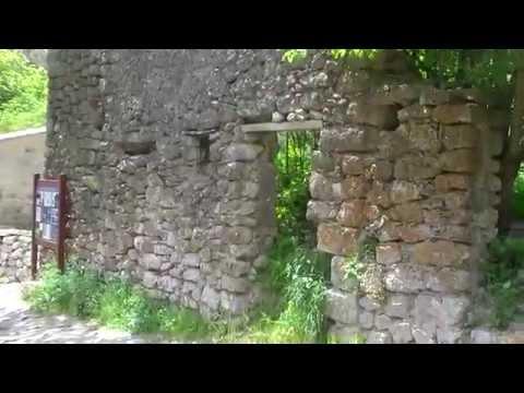 Le Poil:Village abandonné en France