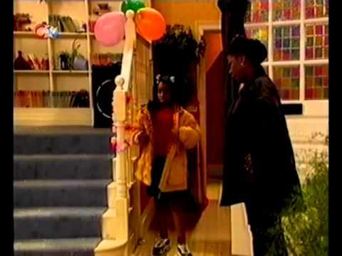 Cleopatra - Comin' Atcha! - Season 1, Episode 3 - The Party