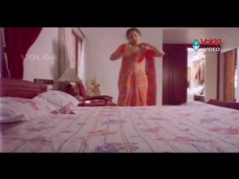 Raja Hug To Meena At Dress Changing Time...