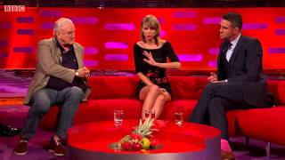 Video The Graham Norton Show S16E03 Taylor Swift, Kevin Pieterson, John Cleese, Neil Diamond MP3, 3GP, MP4, WEBM, AVI, FLV September 2019