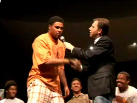 Hypnotist Ricky Kalmon with USC Football Team