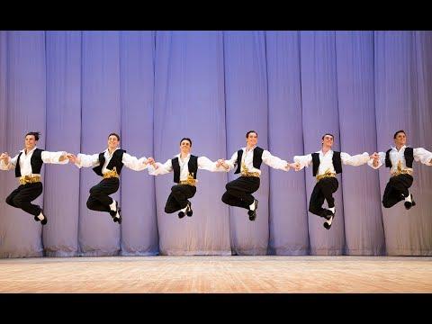 A Dança de Zorba em Magnífica Performance