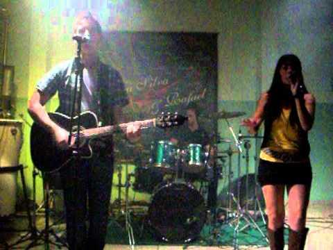 DéboraSilva & Rafael em Ubarana no CCR Cantando Lendas e Mistérios.MOV