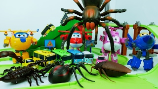 Video Let's Go Super Wings, Tayo is terrible Under Attack by Monster Bugs 출동 슈퍼윙스, 괴물에게 습격당하는 타요를 구해주세요 MP3, 3GP, MP4, WEBM, AVI, FLV Oktober 2018