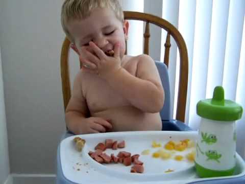 Cười bể bụng với clip hài về trẻ em Phần 3