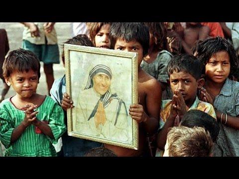 Μητέρα Τερέζα: Αγιοποίηση εν μέσω επικρίσεων