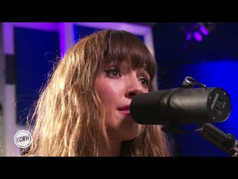 "Oh Wonder Performing ""All We Do"" Live On KCRW"