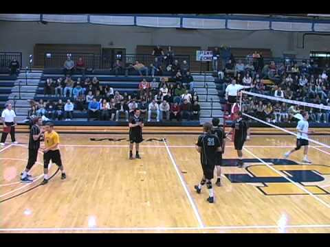 Men's volleyball downs NYU in three