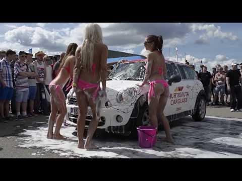 gatebilbabes - LilleFrekke modellene hadde flere hotte vaskeshow på Gatebiltreffet på Våler. Jentene som er med er: Karianne, Lina (Gatebilbabe 2012), Silje, Linda og Thea....