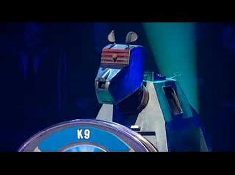 Weakest - In days before the Series 3 première of Doctor Who - here's The Weakest Link Dr Who special. Sorry for minor skips in the video. Part 2: http://www.youtube.c...