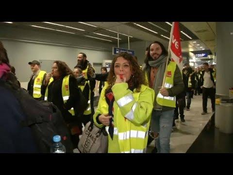 Γερμανία: Απεργία των εργαζομένων στα αεροδρόμια
