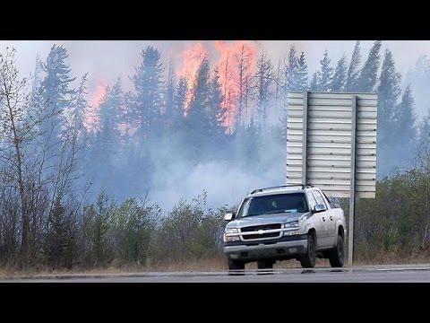 Καναδάς: Πρώτα σημάδια ύφεσης της πυρκαγιάς στο Φορτ ΜακΜάρεϊ