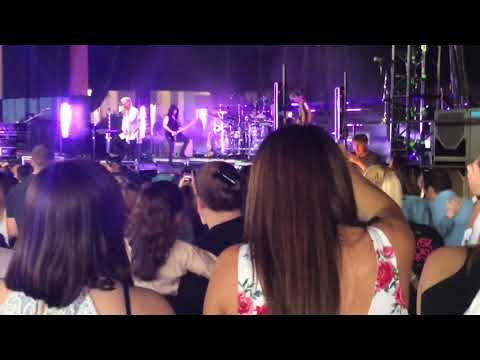 Video Walk The Moon - One Foot live Hartford 2018 download in MP3, 3GP, MP4, WEBM, AVI, FLV January 2017