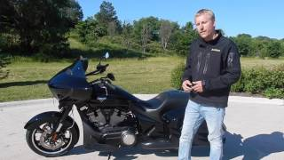 1. Features on Victory Motorcycles® Cross Country 8-Ball™ Gloss Black