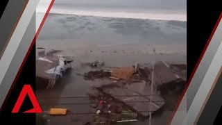Video Tsunami hits Indonesian city of Palu MP3, 3GP, MP4, WEBM, AVI, FLV Desember 2018