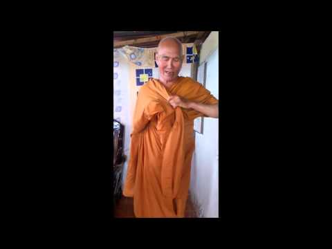 comment mettre la robe moine Bouddhiste - 2013 Dalat Vietnam