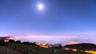 Time lapse star on fog