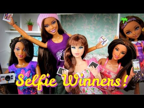 Photo Contest:  Doll Selfie Winners and Free Printable