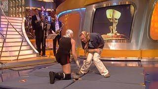 Stefan hat den Wrestler Crazy Sexy Mike eingeladen und will sich direkt mit ihm messen. Der Kampf der beiden Super-Wrestler!SENDUNG VOM 20.11.2001Die ganze Folge auf MySpass: http://www.myspass.de/9706 Jetzt Abonnieren: http://bit.ly/1aYTIZVMySpass bei facebook: http://www.facebook.com/myspassMySpass bei twitter: https://twitter.com/MySpassde