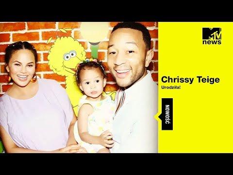 MTV News I Chrissy Teigen urodziła