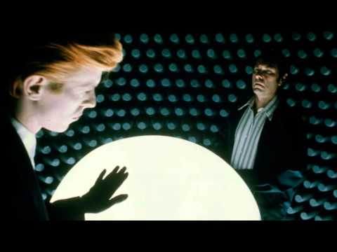 The Man Who Fell To Earth (1976) Commentary