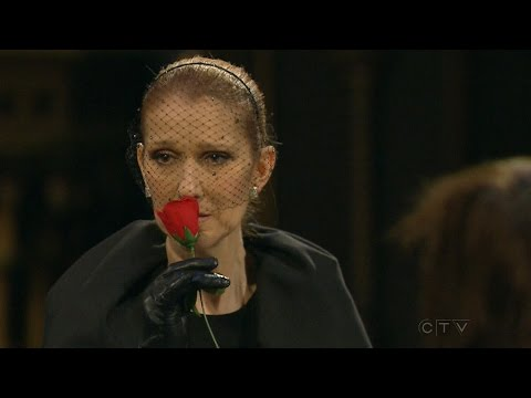سيلين ديون تودع زوجها الراحل رينيه أنجليل بالدموع