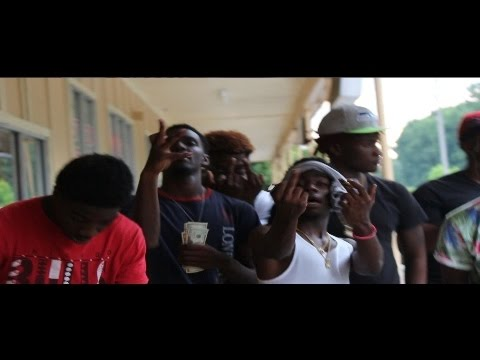 Y5 Reggie - Talkin Bout Shit (Dir By @LookImHD)