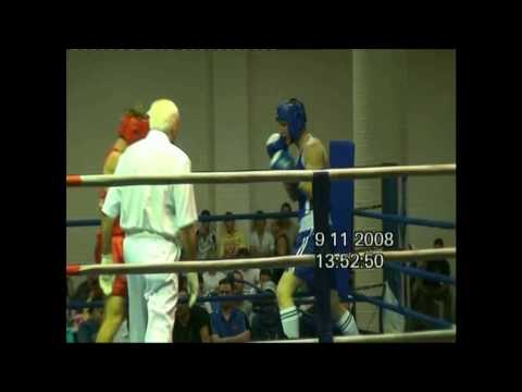 Craig Clark -  1st Amateur Boxing Fight (blue) @ calabria club
