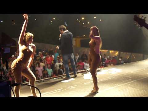 Bota bota - Cavaleiros Do Forró em Telha - SE 18/08/12 - By: Nayna Lima