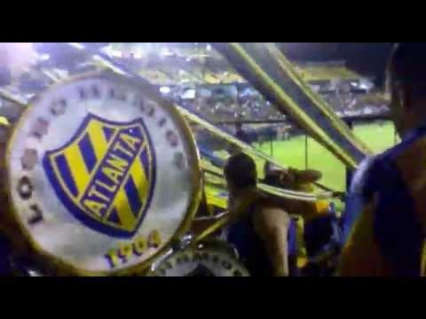 45 La hinchada de atlanta vs riestra 18/4/15 - La Banda de Villa Crespo - Atlanta