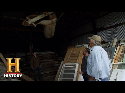 Best of American Pickers: Fetching the Fiberglass Boot (Season 14, Episode 9)   History