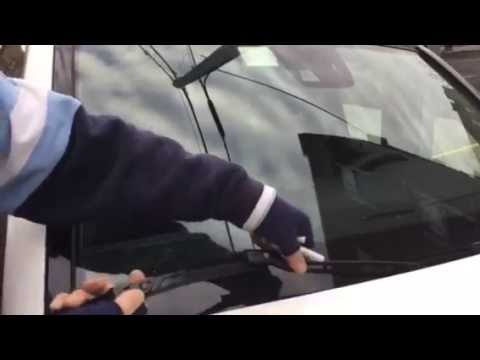 HOW TO replace Mercedes Benz GLK350 wipers