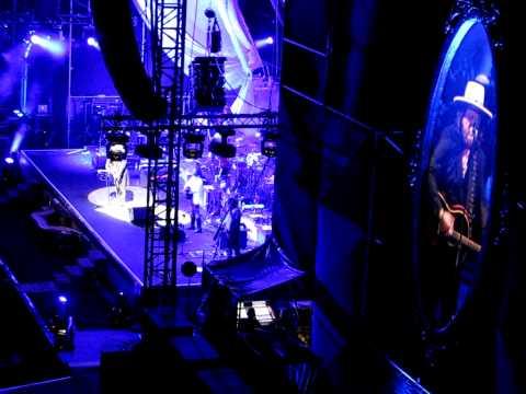 , title : 'Zucchero - Spicinfrin Boy - Live Arena di Verona 25/9/2011'