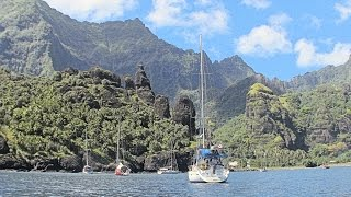 Our autopilot annoys us. Arrival at spectacular Fatu Hiva, the most beautiful of all the French Polynesian islands! Reinforcing the dinghy. A walk to a nearby ...