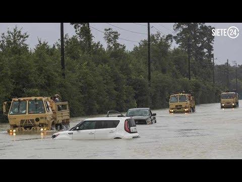 'Harvey' deja a Houston bajo el agua