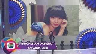 Download Video GAK NYANGKA!! Ternyata Seperti ini Foto Jadul Zaskia Gotik, Dewi Perssik, Nassar, dan Soimah MP3 3GP MP4