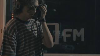 Satin Sheets performs 'Feeling Alone' live in the bFM studio for Freak The Sheep's Live and Direct. Listen to Freak The Sheep every Wednesday between 9PM-11PMhttp://www.95bfm.com/show/zac-arnold#profile-show_detailsVideo: Benjamin Zambo, Pearl LittleThis video was made with support from NZ on Air Music