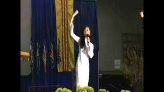 Lien Khuc Chieu Xuan Thi Tham Mua Xuan - Dalena Ha And Trinh Le (Convention Center LIVE)