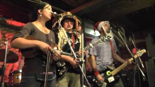 Video Malá bílá Vrána - Středověk (6.12.2013 U Rafa)