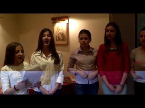 ''Zaspo mi je dragi na zelenoj travi'' pevaju članice grupe ''VILE'' iz Barajeva