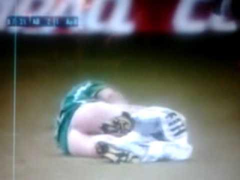 Goła pupa na boisku - wpadka przy meczu