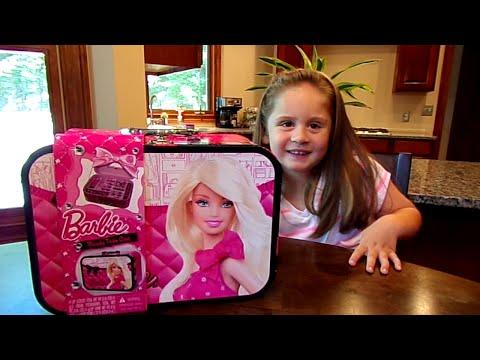 Barbie Beauty Train Case-Chloe's Toy Time (видео)