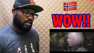 "Video AURORA ""RUNNING WITH THE WOLVES"" 
