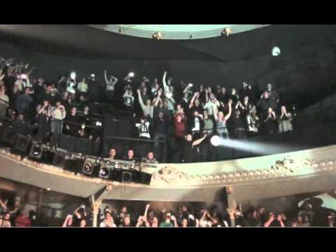 Newcastle gig Viva crowd