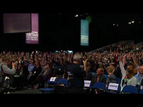 Brexit: Labour hält sich doch ein zweites Referendum offen